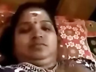 Amateur Brunette BBW Indian MILF